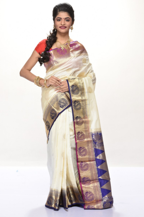 6d2f70a3a5c64 The most preferred outfit of women here is saree. South India is a famous  place for producing and exporting silks. South Indian bridal sarees have a  great ...