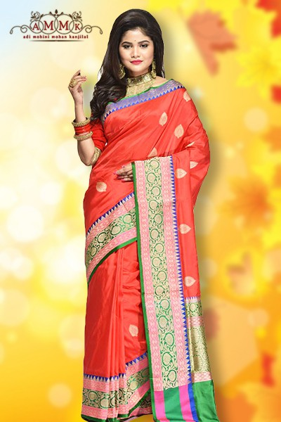 bd9b2a05f5 Cotton saree imparts a stunning and elegant look to all women. It  symbolizes comfort elegance and style. They are popular in all parts of  India and worn ...