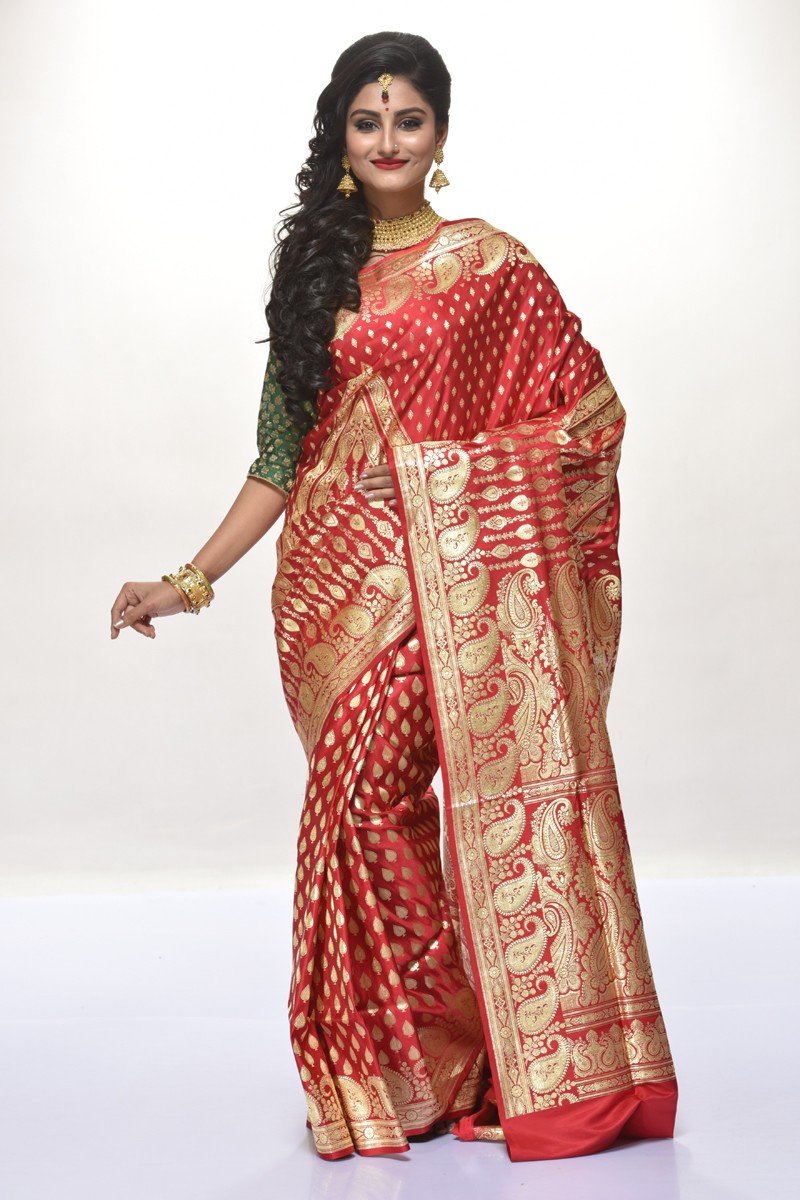 Choose The Best Wedding Sarees online With These 5 tips